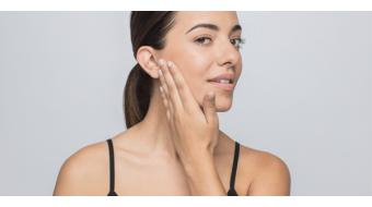 Last van een droge of gedehydrateerde (vochtarme) huid?