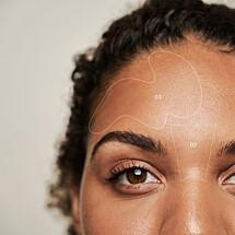 Take it to the next step. Breid je skin care routine een beetje verder uit. Bestel nu één van onze basics pakketten en ontvang een brightening duo (t.w.v. €12,95) cadeau. In dit pakketje zit een Daily Microfoliant miniatuur, hiermee verwijder je dode huidcellen zodat je huid er minder dof uit ziet, en een Biolumin-C Serum. Dit Vitamine-C serum verheldert de huid en vermindert fijne lijntjes en rimpels. ????  #dermalogica_benelux #skincare #vegan #crueltyfree #huidverzorgingsproducten #huiverzorging